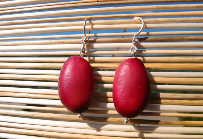 Boucles d'oreilles en graines roses de pois sabre