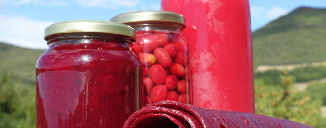 Conserves de cornouilles : en confiture, lactofermentées, en jus et en cuir de fruit