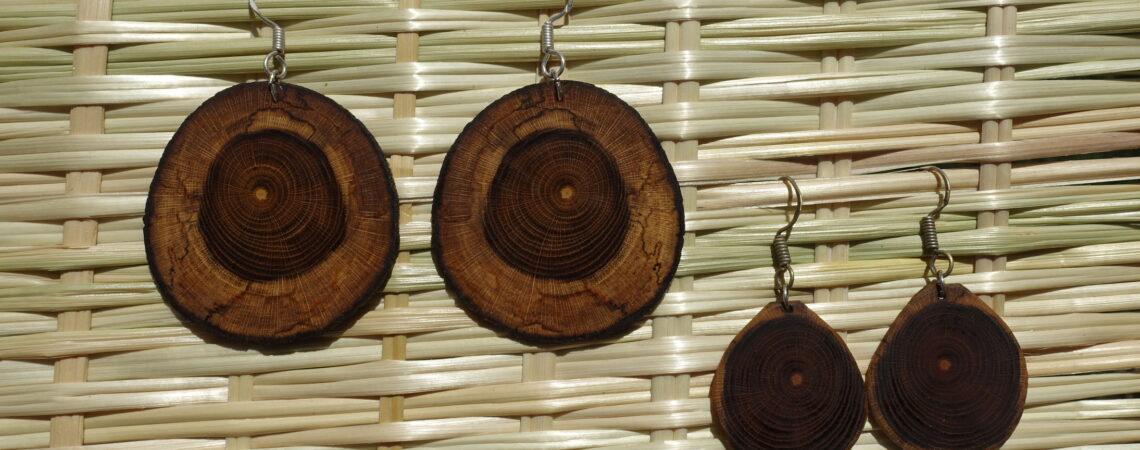 Boucles d'oreilles en bois de cytise