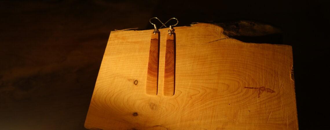 Boucles d'oreilles en bois de genévrier