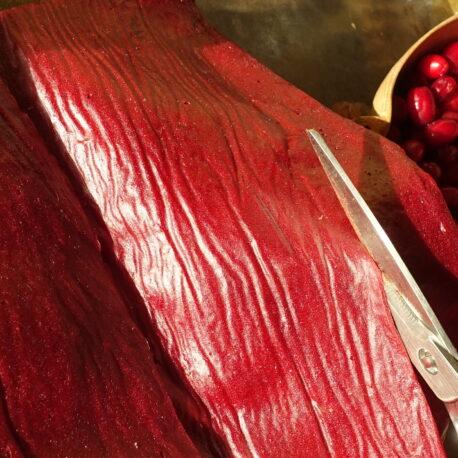 Découpage de cuir de fruits sauvages à la cornouille